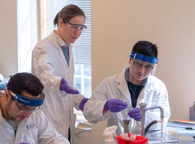 biotech students at unh